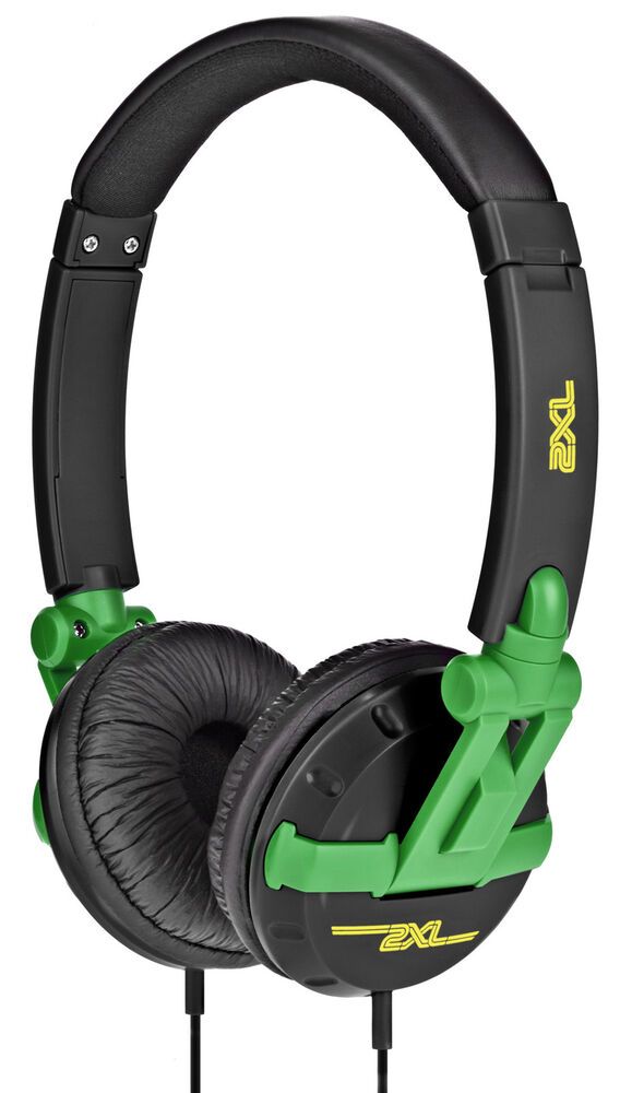 Skullcandy Air Raid Water-resistant Drop Proof Bluetooth Portable Speaker, Olive Green and Black.