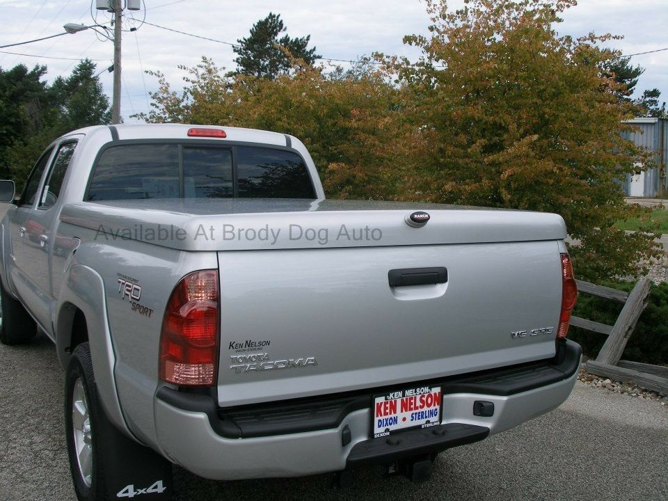 Toyota Tacoma Fiberglass Hard Tonneau Bed Covers 2001 2015