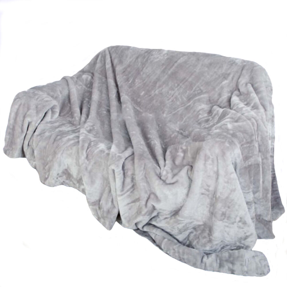Fur faux throw mink silver throws sofa blanket bed size for Fur throws for sofas