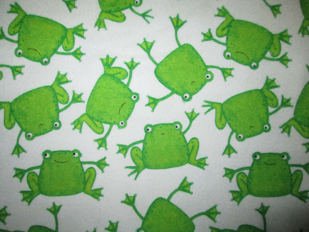 Frogs Green White Cute Frog Cotton Flannel Fabric Fq Ebay