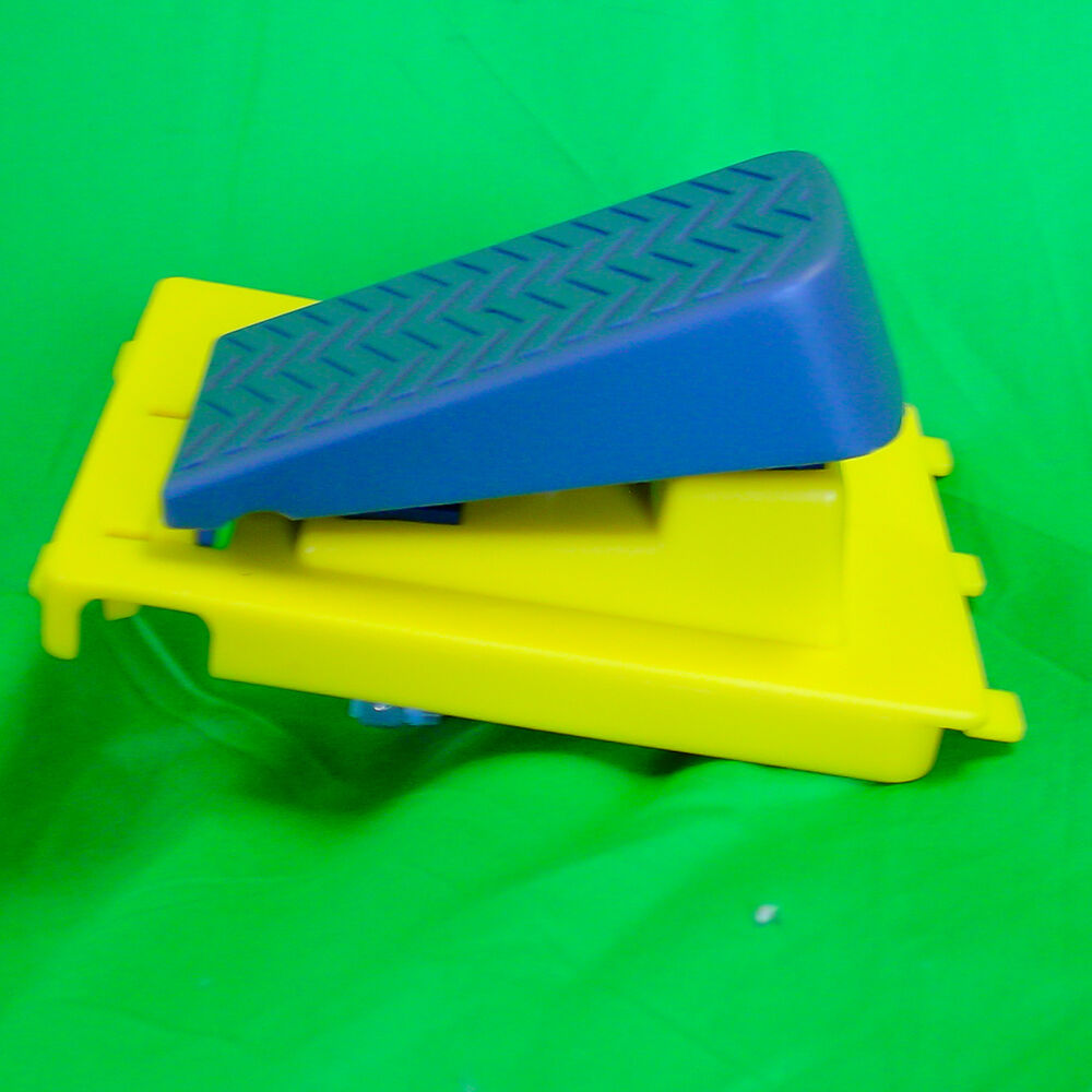 John Deere Ride On Toys >> Peg Perego John Deere Gator HPX or XUV Pedal Plate Assembly with Switches | eBay