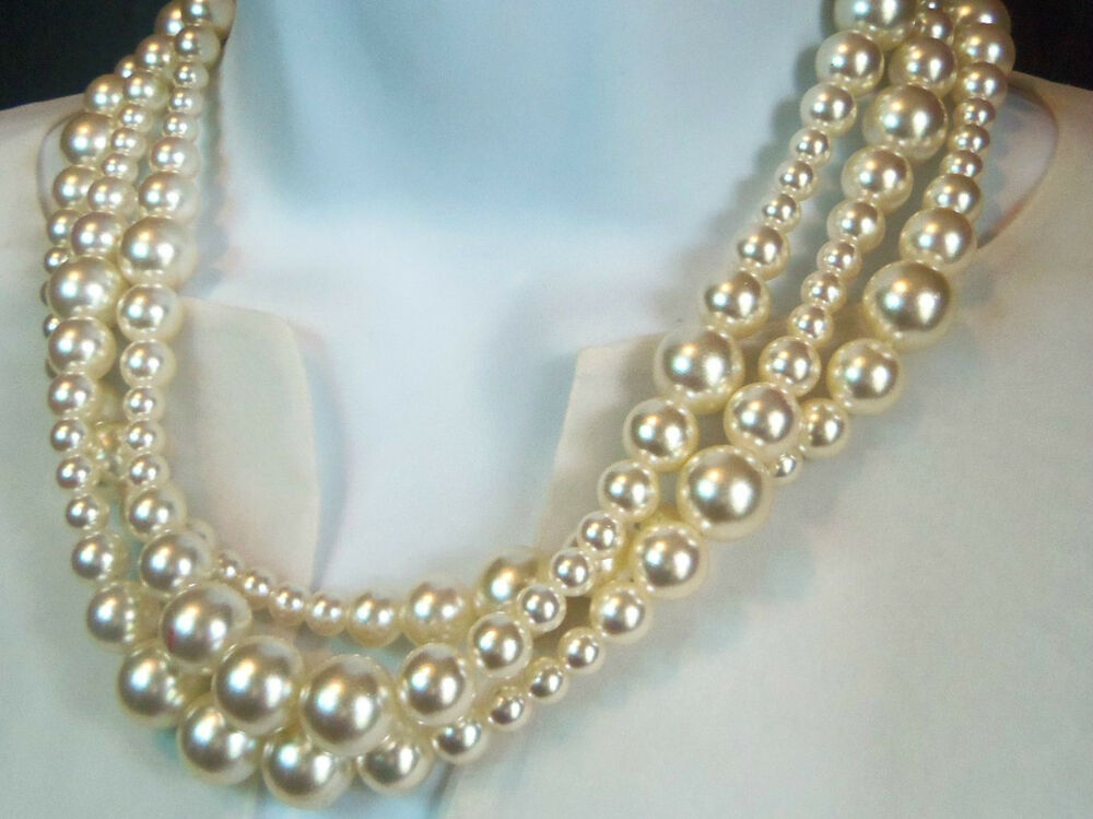 Vintage S A L Swarovski Crystal Layered Pearl Necklace