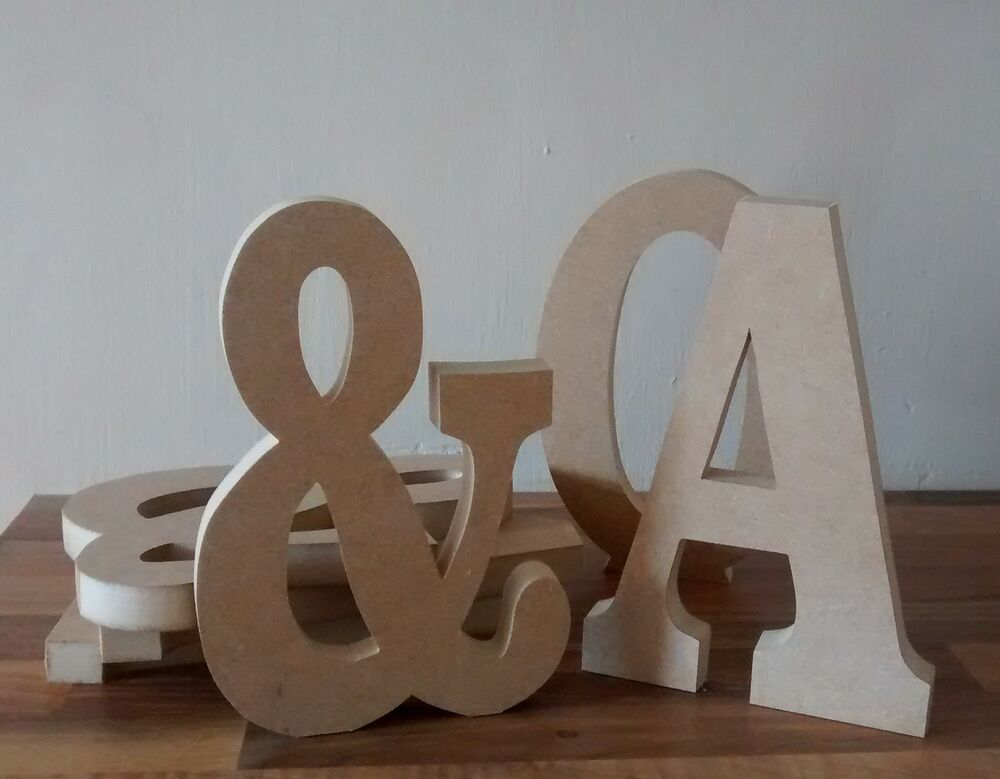 Free standing wooden letters large 20 cm wooden letter for Large freestanding wooden letters