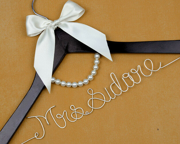 Personalized wedding hanger wire name bride hanger for Personalized wire wedding dress hanger