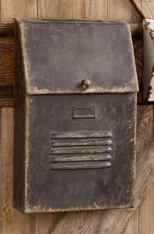 Aluminium Mail Box : Cottage style slot house mailbox metal rustic aged