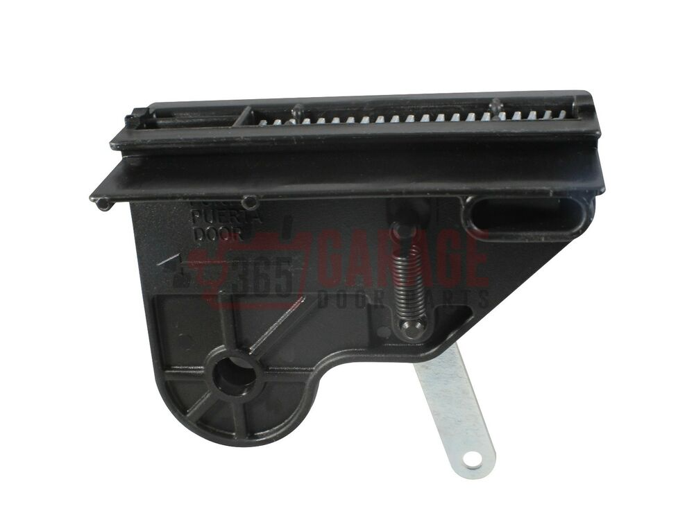 Genie garage door opener screw drive carriage all models for Genie garage door
