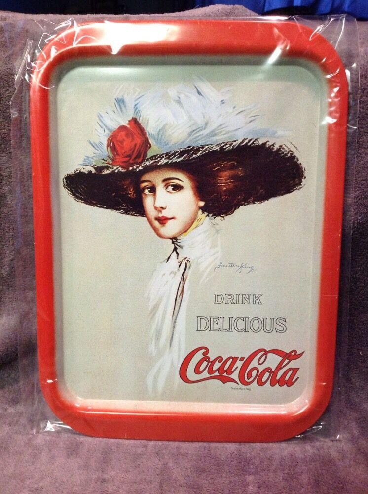 collectible red rectangular coca cola metal tray ebay. Black Bedroom Furniture Sets. Home Design Ideas