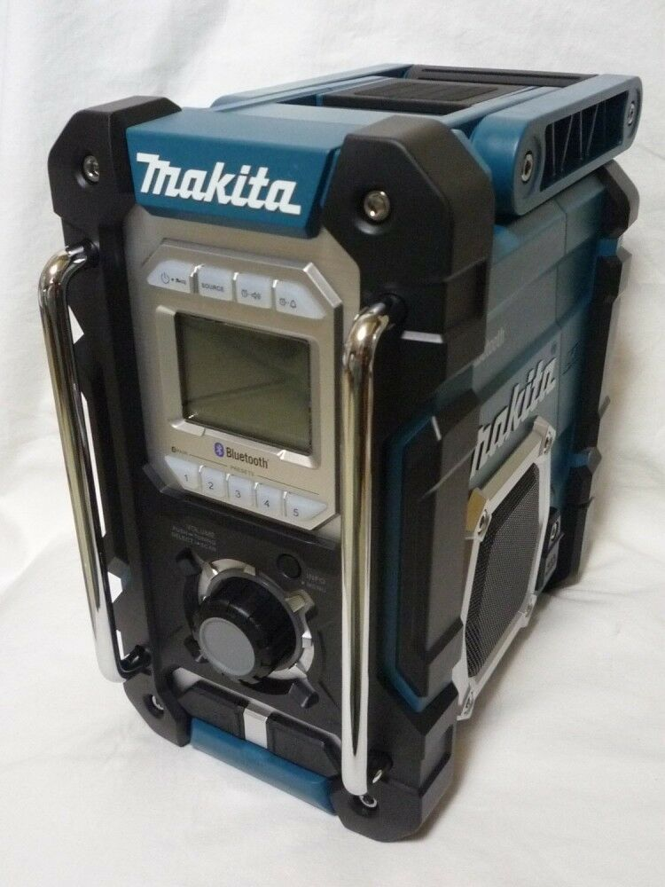 new makita bluetooth radio rechargeable am fm mr106 18v usb available ebay. Black Bedroom Furniture Sets. Home Design Ideas