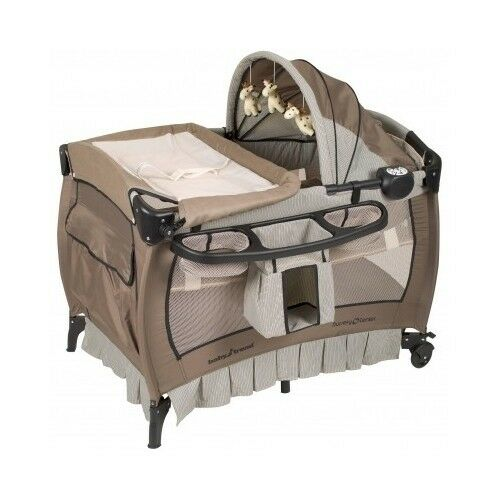 Portable Baby Crib Infant Bassinet Playpen Sleeper Bed