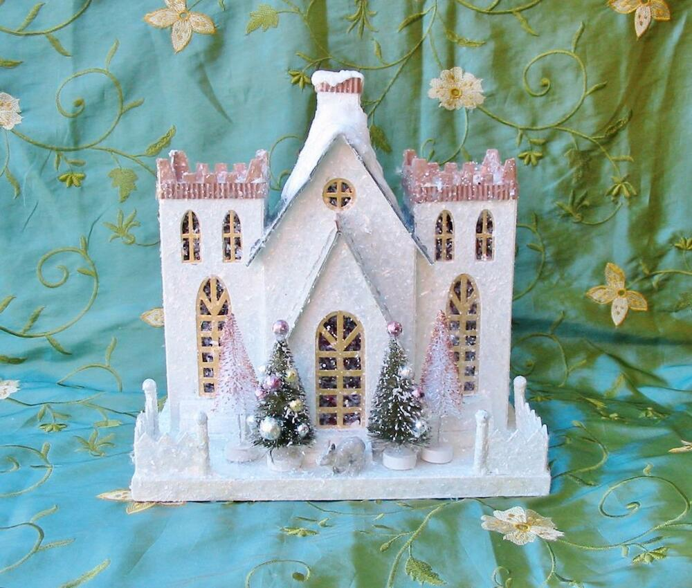 Cody Foster Christmas Cottage House Castle With Rabbit New