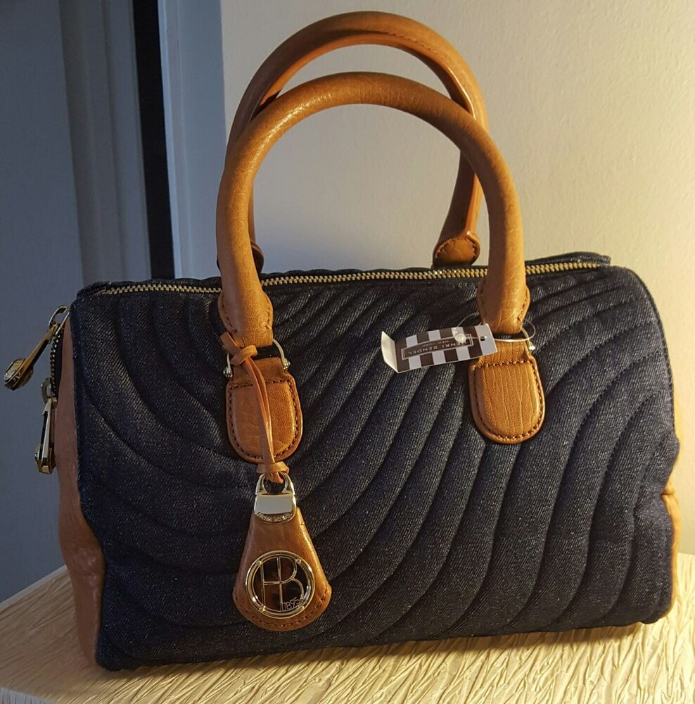 Shop for women's bags and accessories at ECCO® official online store. Find the best women's bags, leather handbags, leather accessories, travel accessories & more. Free Shipping and Returns for all orders over $!