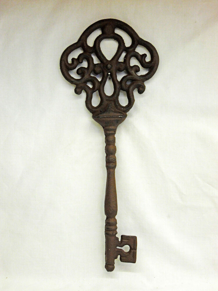 Large 13 rustic brown cast iron skeleton key primitive for Iron wall decor