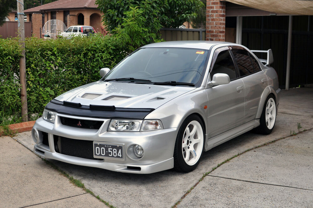 S L on 2001 Mitsubishi Galant
