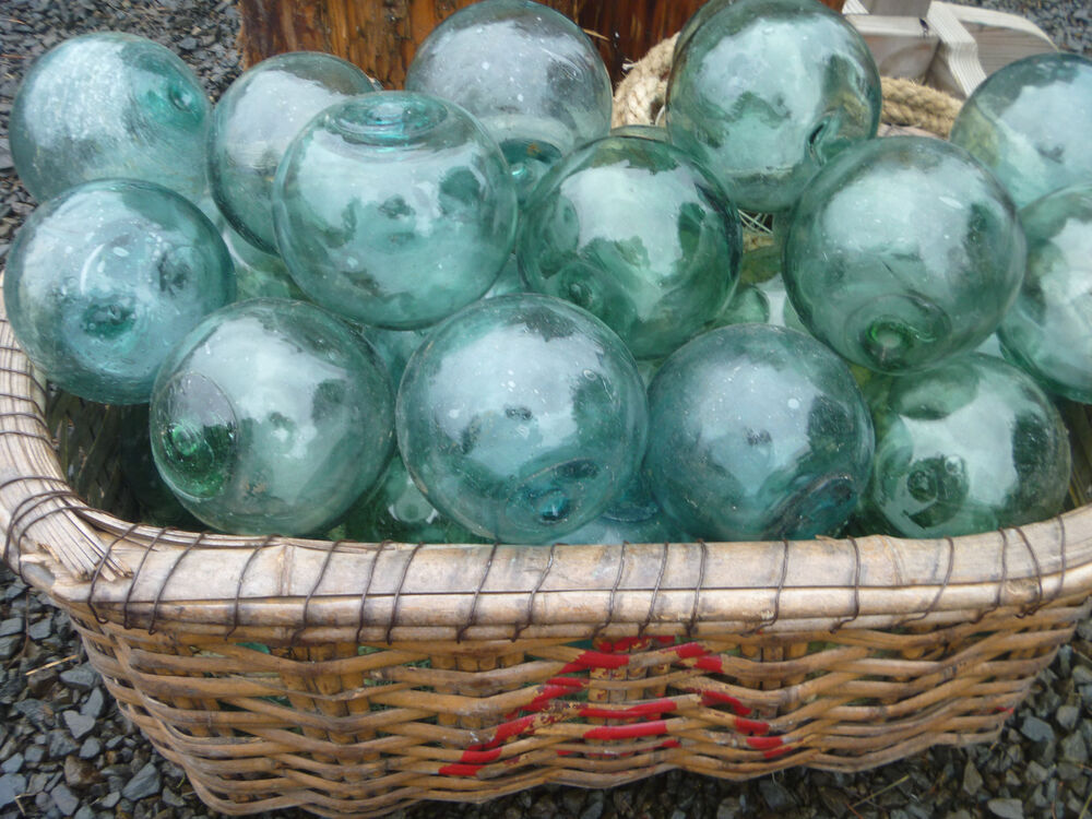 Japanese glass fishing floats 4 4 5 lot 5 round rare size for Fishing net floats