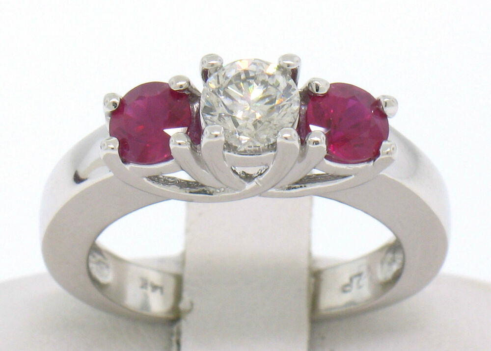 14k White Gold 3 Stone Engagement Ring w/ Ctr Round Diamond & 2