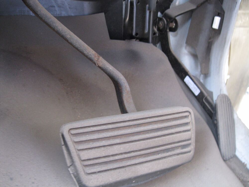 Chevy Express Van >> Chevy Express van Gmc 2005 used Brake Pedal Assembly | eBay
