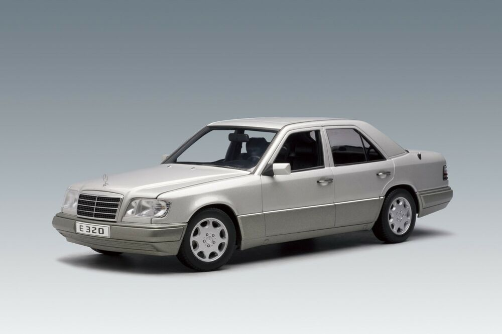 1995 mercedes benz e320 limousine silver e klasse e class for Mercedes benz brand