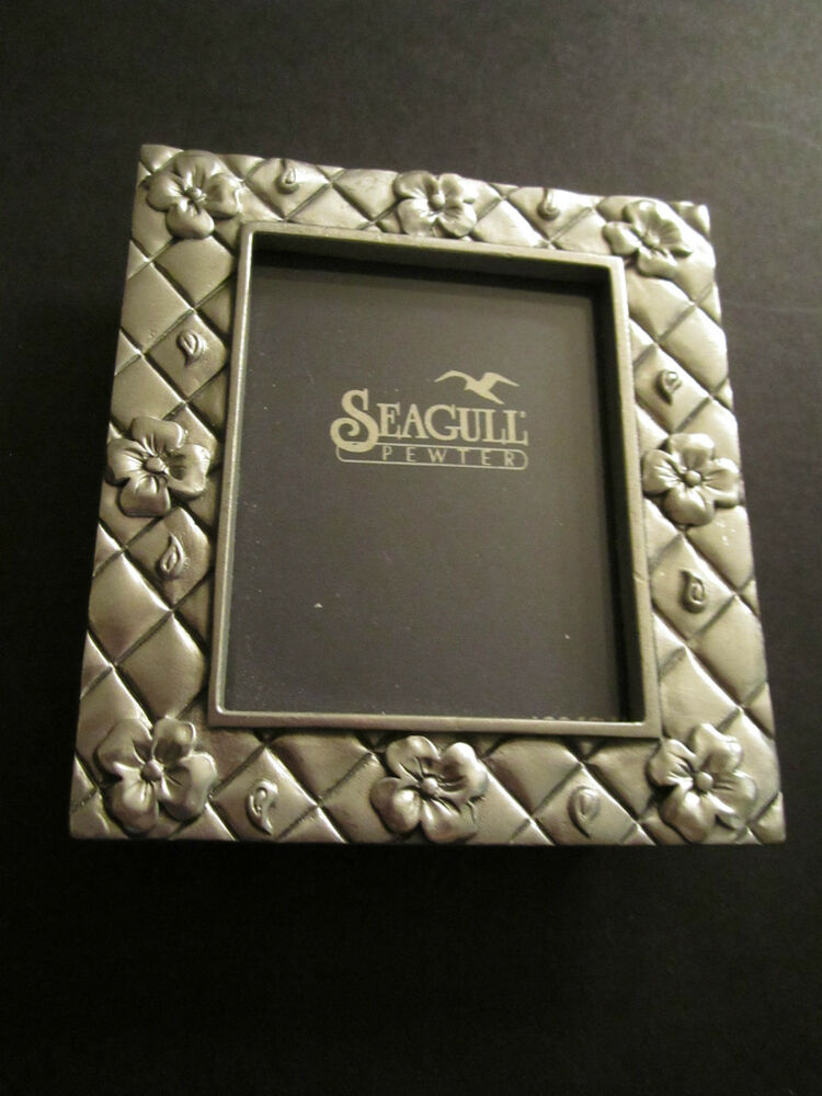 Small Seagull Pewter Photo Frame Flowers Quilted Canada