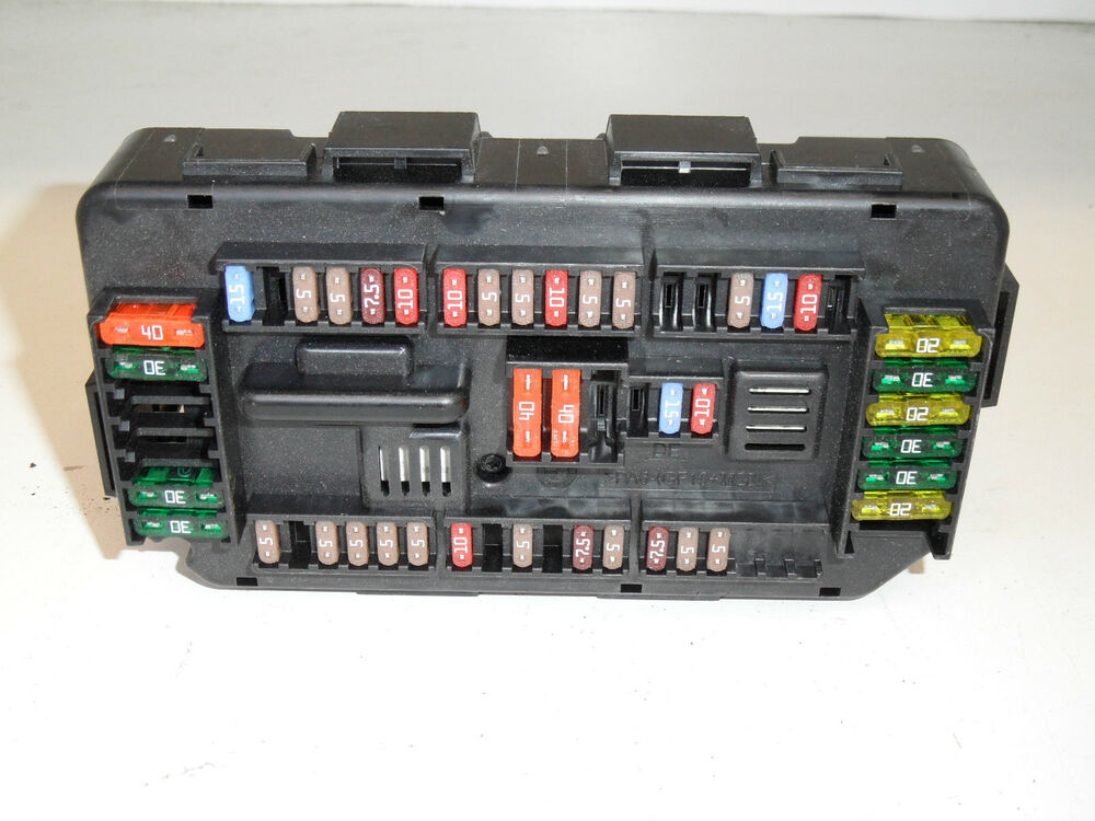 Genuine bmw series  f fuse box fuses