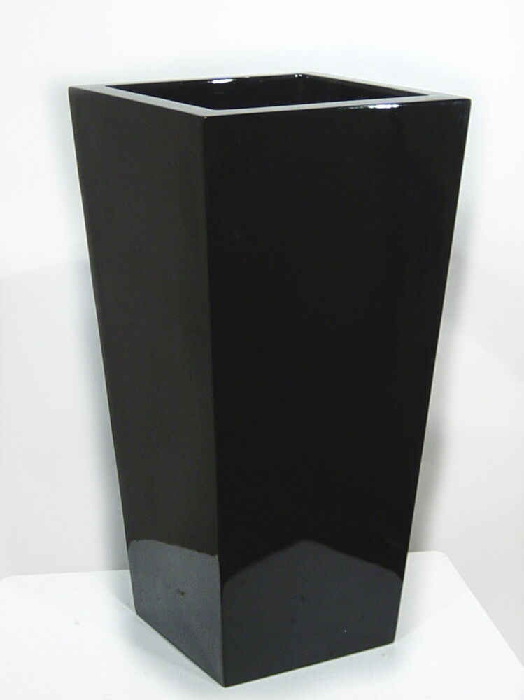 bodenvase 82cm hoch hochgl nzend schwarz fiberglas ausstellungsst ck ebay. Black Bedroom Furniture Sets. Home Design Ideas