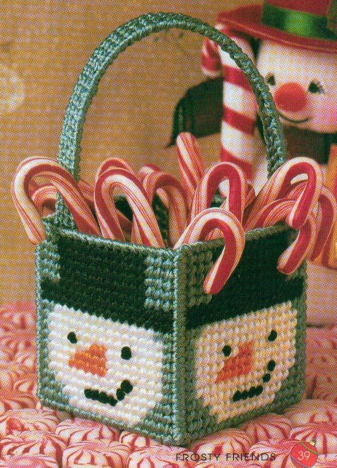 Mini Frosty Basket Snowman Christmas Plastic Canvas