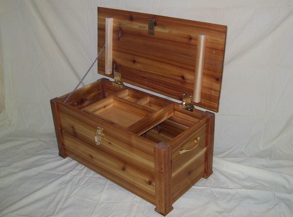 Cedar hope treasure chest toy box storage trunk great size