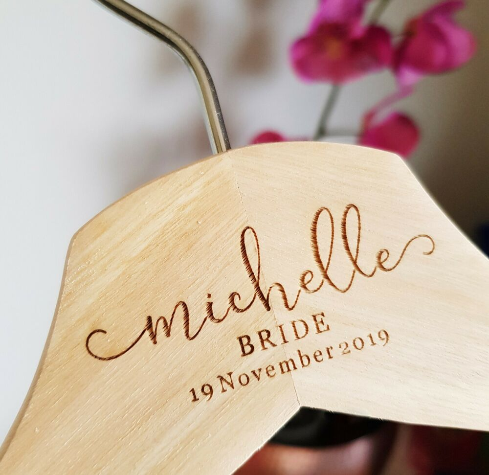 Details about 5 pcs Personalised Engraved Bridal Wooden Coat Hangers Bridesmaid Wedding Gift