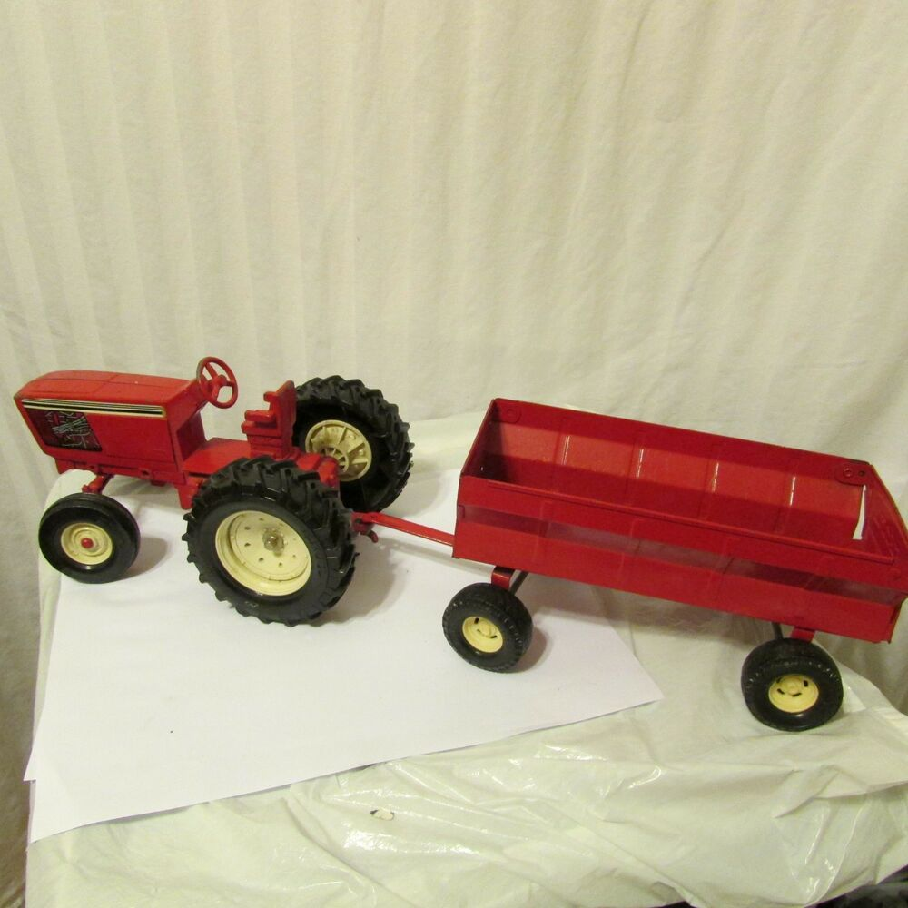 Tractor Restoration Parts : Ertl farmall tractor wagon for parts or restoration