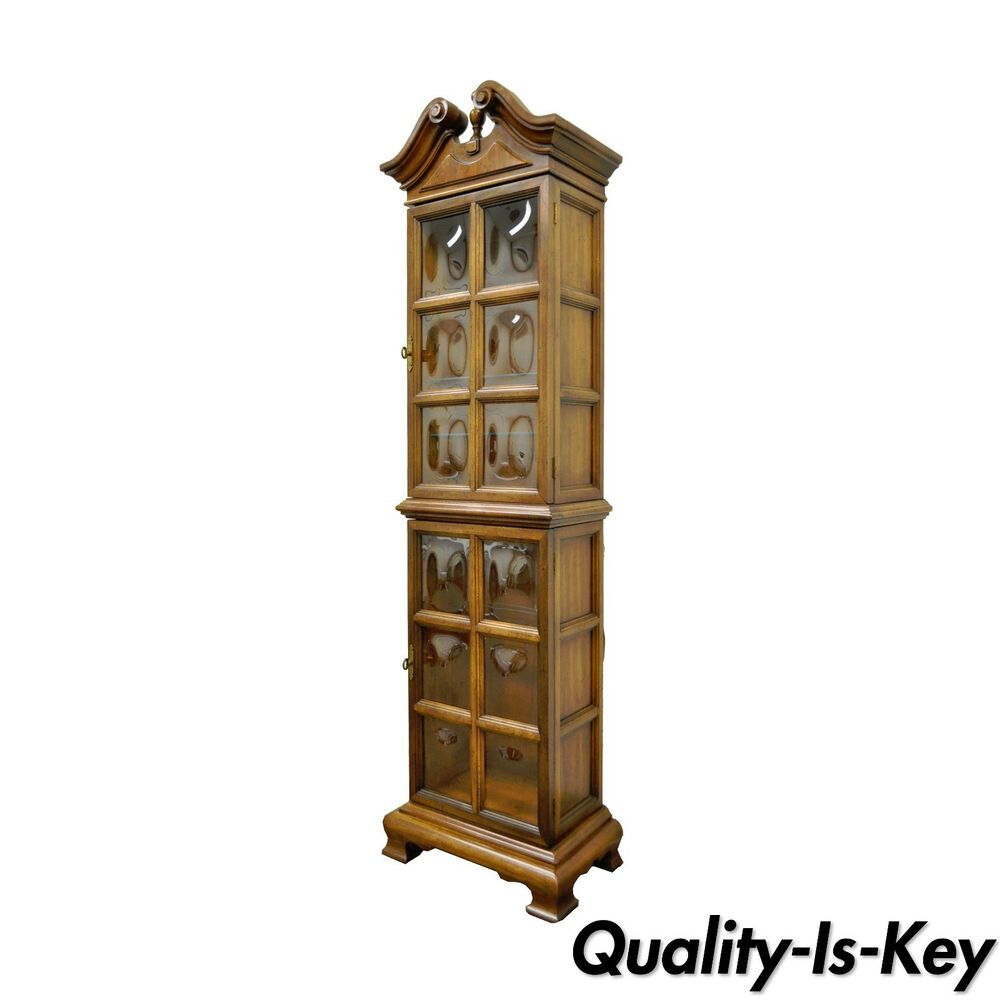 vintage 73 h bubble glass narrow hollywood regency lighted display curio cabinet ebay. Black Bedroom Furniture Sets. Home Design Ideas