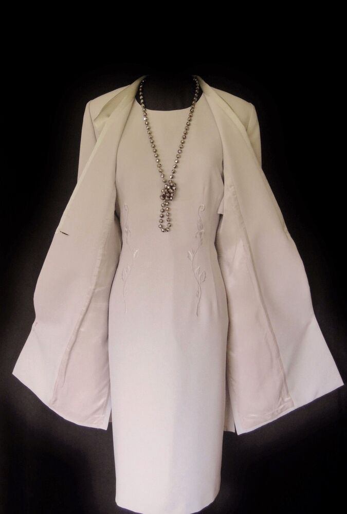 Discount Wedding Shawls / Jackets with low price. report2day.ml provides a great selection of quality Wedding Shawls / Jackets wholesale for all.