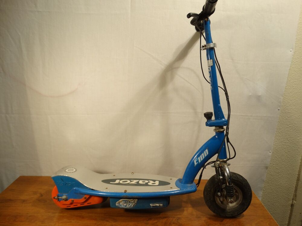 Razor E100 Electric Seated Scooter Blue No Charger