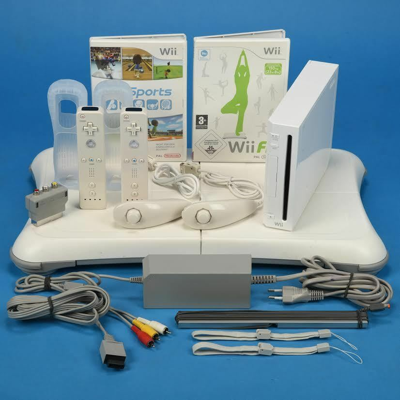 nintendo wii konsole wii sports wii fit 2x remote 2x. Black Bedroom Furniture Sets. Home Design Ideas