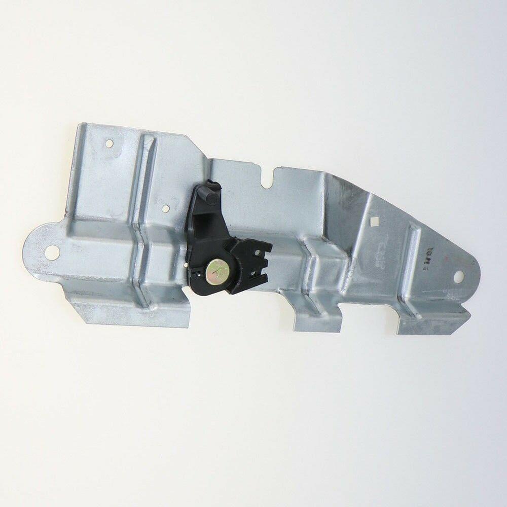2001 vw jetta trunk latch with 182237983697 on T6286 additionally Showthread also 182237983697 additionally 161871334442 as well Trunk Latch Diagram.