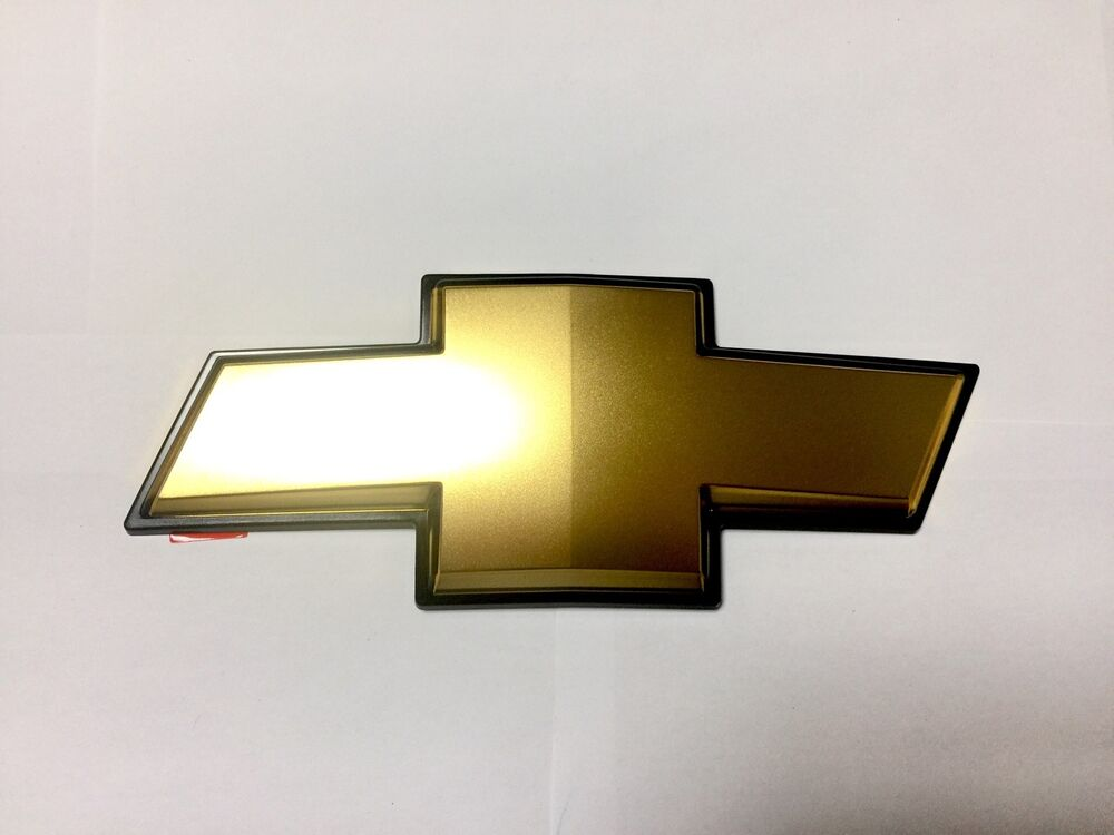 oem 96442719 gold cross grille emblem for chevrolet chevy. Black Bedroom Furniture Sets. Home Design Ideas