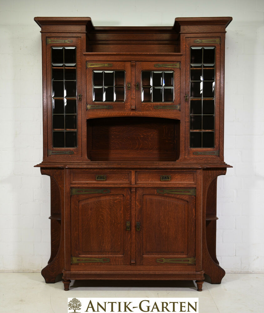 antik gro er buffet schrank restauriert jugendstil eiche vitrinenschrank 1910 ebay. Black Bedroom Furniture Sets. Home Design Ideas