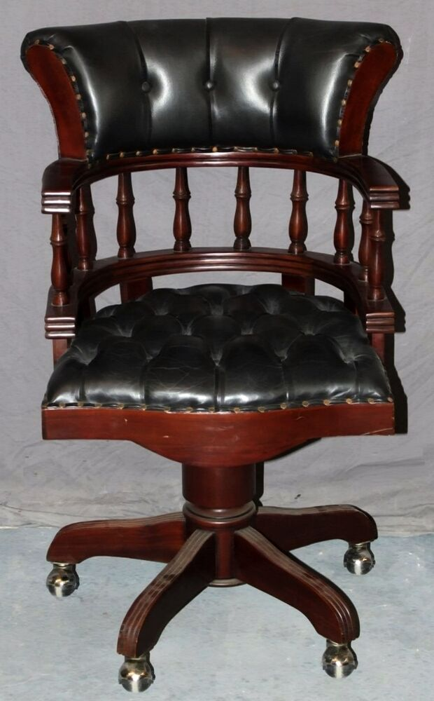 Mahogany Amp Tufted Black Leather Swivel Captain S Chair Ebay