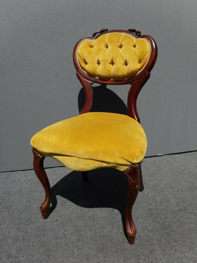 Vintage French Provincial Carved Wood Tufted Yellow Velvet  : s l1000 from www.martlocal.com size 750 x 1000 jpeg 99kB