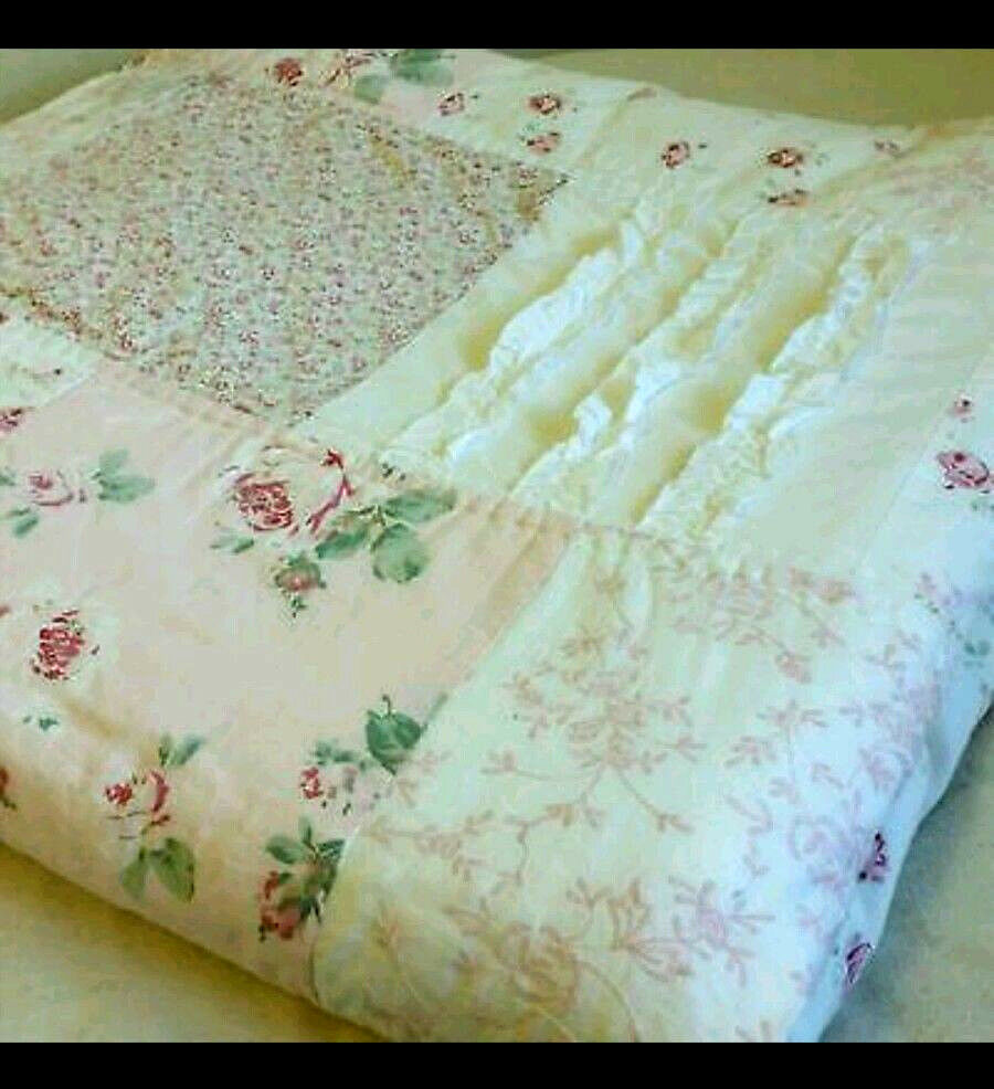 Simply Shabby Chic Full Queen Quilt Patchwork Vintage Pink