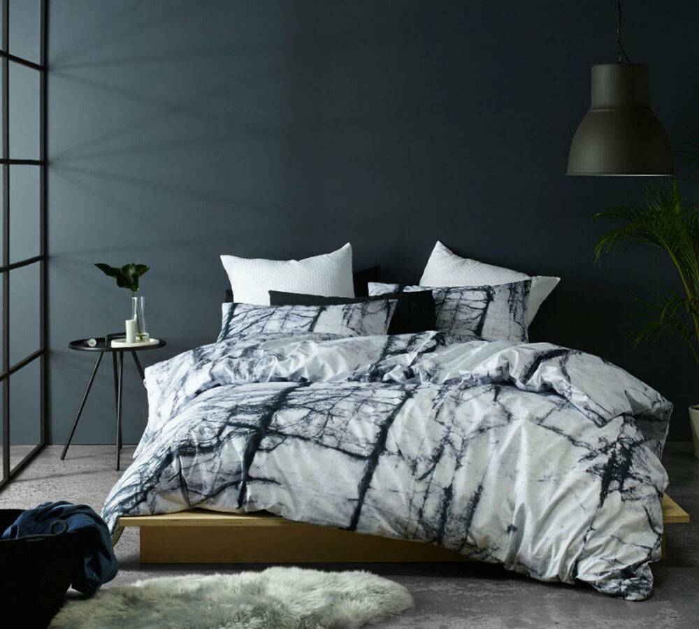 Calcutta marble quilt cover doona duvet cover set modern for Black and white marble bedding