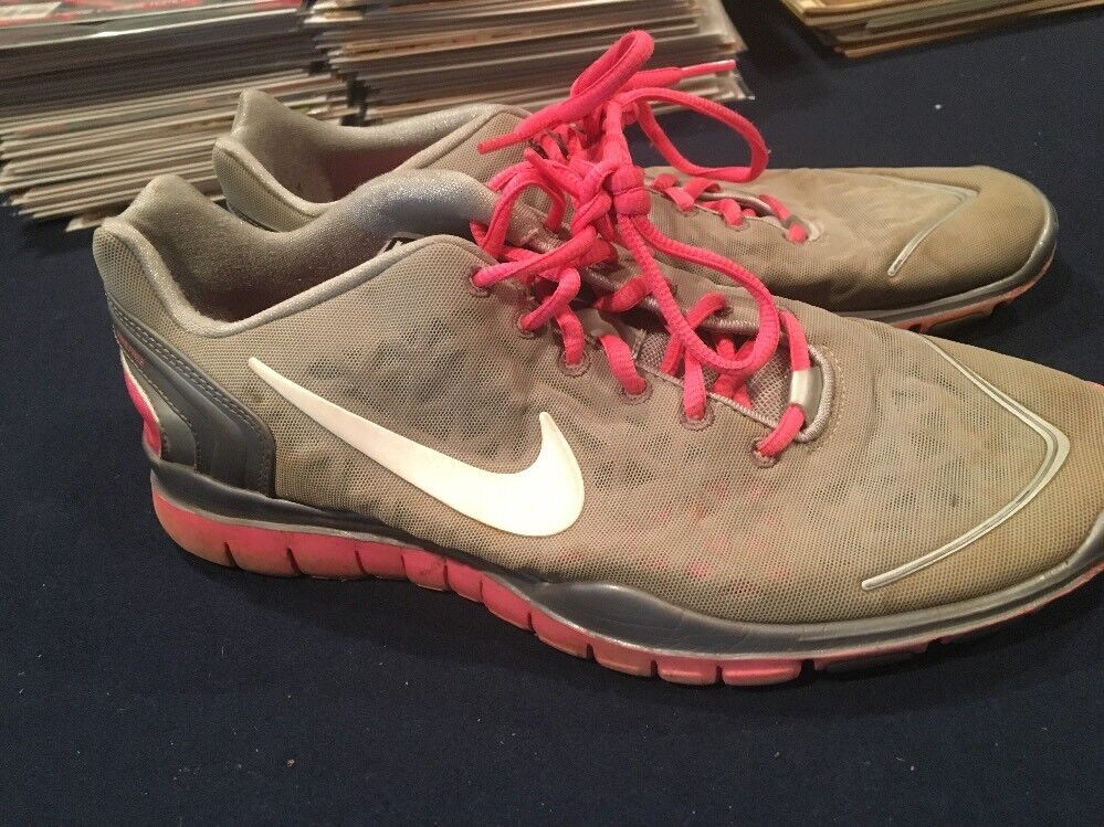 NIKE FS Women's Gray Pink Running Training Shoes Sz 9 487789-003 AA40