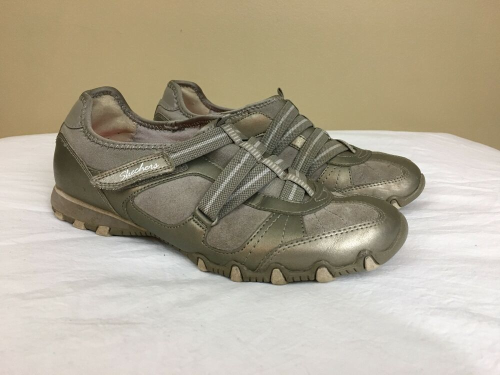 WOMENS GRAY SKECHERS WALKABOUT SLIP ON TENNIS SHOES BUNGEE LACES SZ 9
