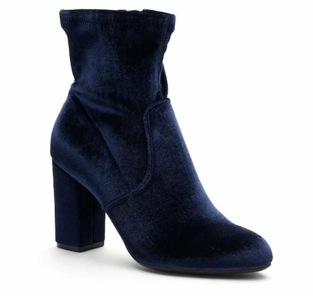 ce39850cbbd3 NWT Women s Candie s® Fans High Heel Ankle Boots Choose Size Navy Velvet