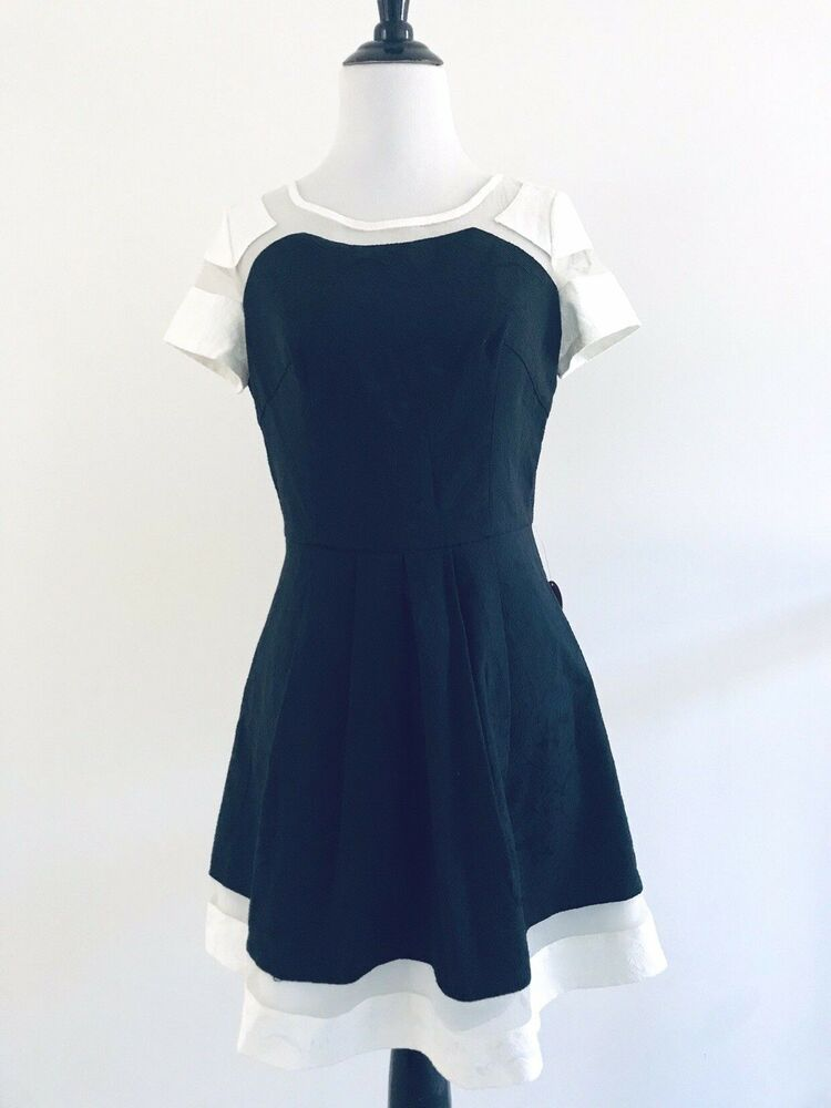 Chi Chi London Modcloth Dress Size 10 Black White Crewneck Pleated