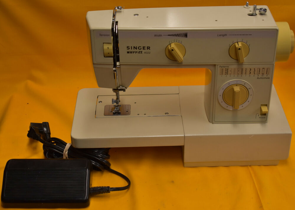 Singer Merritt 4022 Sweing Machine with Pedal - Tested ...