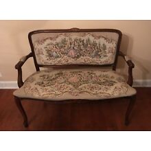 Victorian couch in good condition