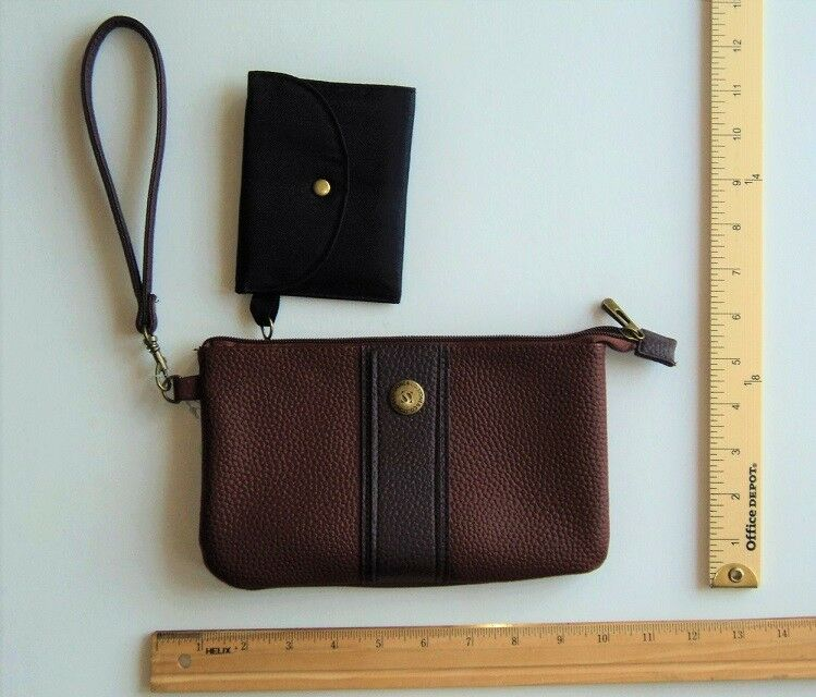 33516ecafe7491 Details about STONE Mountain Chocolate BROWN Tan WRISTLET Wallet Purse  LEATHER -