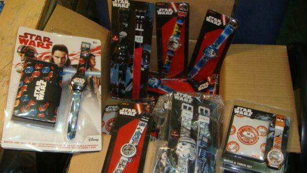 A WHOLESALE JOB LOT 20 OF mix star wars WATCHES    new <<<  good mix in the box