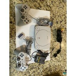 Kyпить Sony Playstation. PS One. PS1. Console with Two controllers. Tested! Working!!! на еВаy.соm