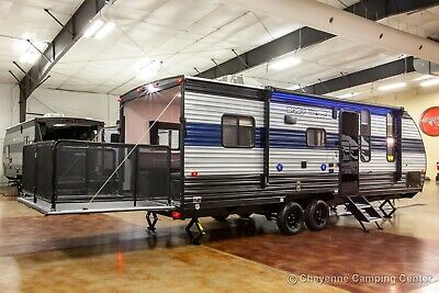 New 2021 Cherokee Grey Wolf 22RR Lite Travel Trailer Toy Hauler for Sale Cheap