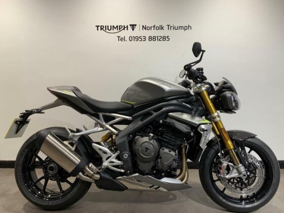 2021 Triumph Speed Triple RS 1200  New Demo In Store Now Petrol silver Manual
